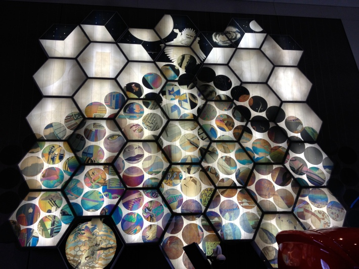 Polarized light mural at Museum of Science!